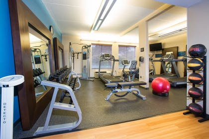 Gym | Hampton Inn Morehead City