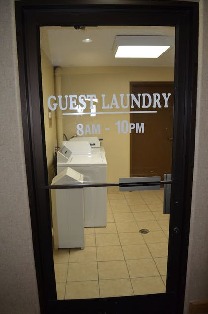 Laundry Room | Comfort Inn Santa Fe