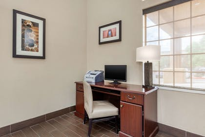 Business Center | Comfort Inn Santa Fe