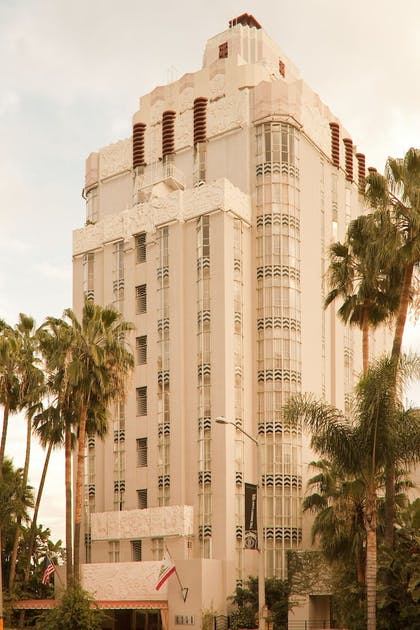 Exterior | Sunset Tower Hotel