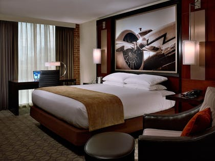 | 1 King Bed 2 Room Larger Suite - Non-smoking | DoubleTree by Hilton Hotel & Suites Charleston Airport