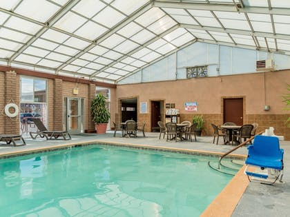Pool | Best Western Alamosa Inn