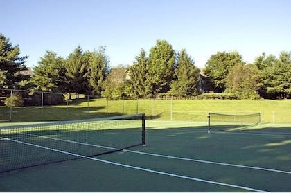 Tennis Court | Best Western Inn & Suites Rutland-Killington