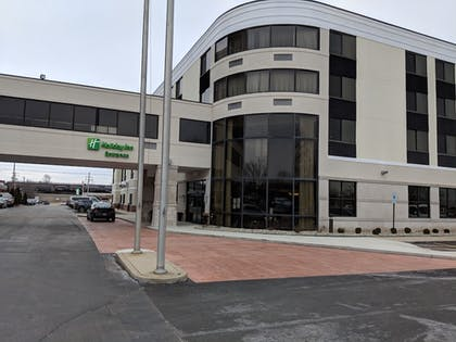 Exterior | Holiday Inn Champaign