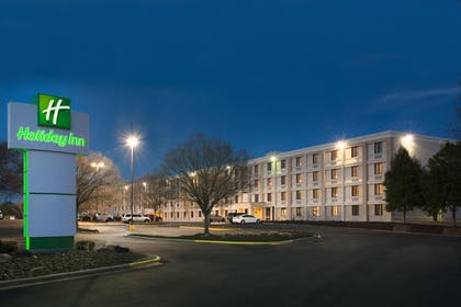 Exterior | Holiday Inn Charlotte Airport