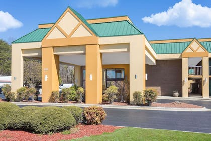 Featured Image | Days Inn by Wyndham Mocksville