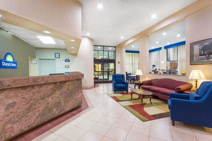 Lobby | Days Inn by Wyndham Mocksville