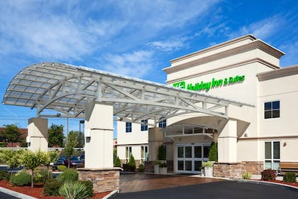 Exterior | Holiday Inn Hotel & Suites Rochester - Marketplace