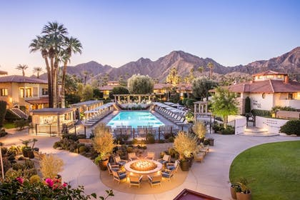 Outdoor Pool | Miramonte Indian Wells Resort & Spa, Curio Collectionby Hilton