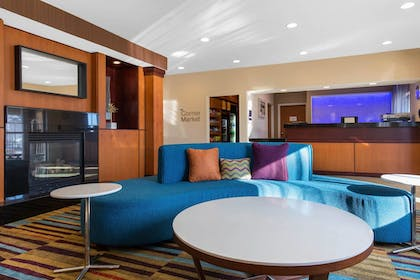 Lobby | Fairfield Inn & Suites St. Cloud