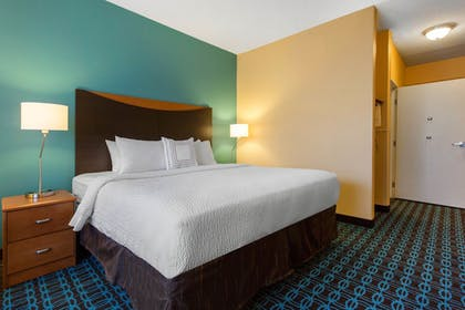 Guestroom | Fairfield Inn & Suites St. Cloud