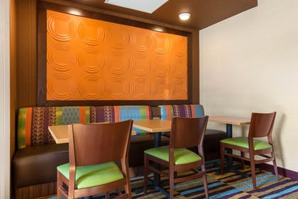 Breakfast Area | Fairfield Inn & Suites St. Cloud