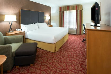 Room | Holiday Inn Express Grants Pass
