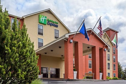 Featured Image | Holiday Inn Express Grants Pass