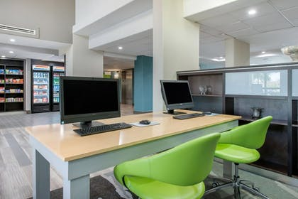 Business Center | Holiday Inn Melbourne - Viera Conference Center