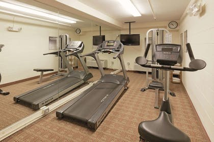 Fitness Facility | La Quinta Inn & Suites by Wyndham Warwick Providence Airport
