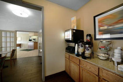 Breakfast Area | Quality Inn & Suites