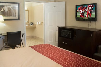Featured Image | Red Roof Inn Ardmore