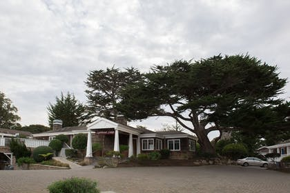 Property Grounds   Lighthouse Lodge And Cottages