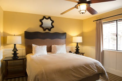 Guestroom   Lighthouse Lodge And Cottages