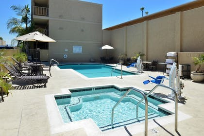 Outdoor Pool | Best Western Plus Anaheim Inn