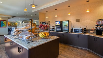 Breakfast Area | Best Western Plus Anaheim Inn