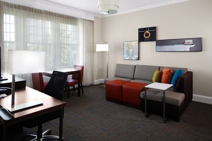 Guestroom | Residence Inn by Marriott Atlanta Midtown/Georgia Tech