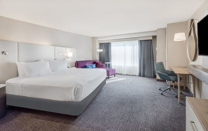 Guestroom | Crowne Plaza Cleveland at Playhouse Square