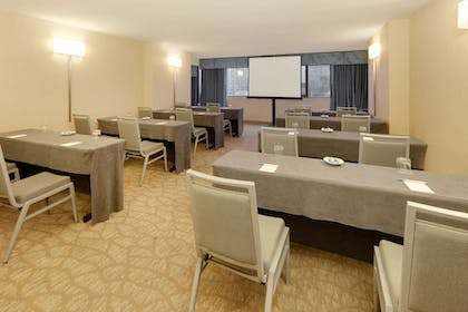 Meeting Facility | Wyndham Grand Chicago Riverfront