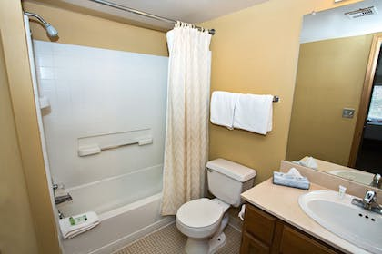 Bathroom | Sterling Hotel and Suites