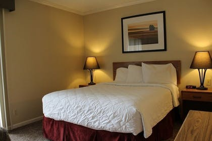 Sports Facility | Sterling Hotel and Suites