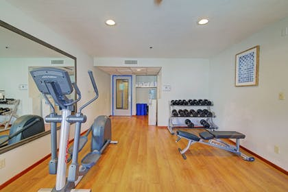 Fitness Facility | Best Western Posada Royale Hotel & Suites