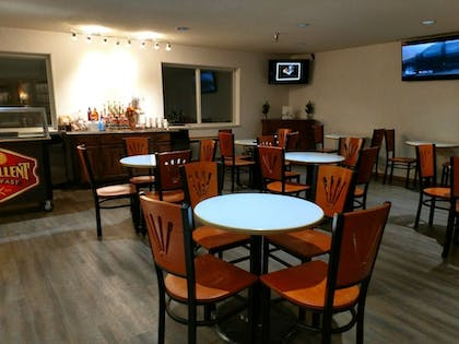 Dining | Stay Wise Inns Montrose