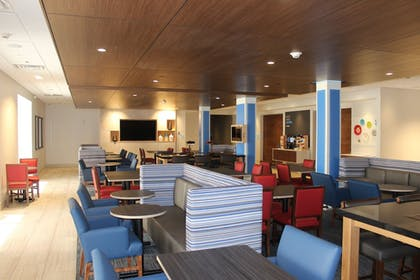 Breakfast Area | Holiday Inn Express Athens
