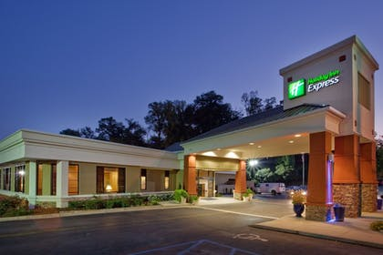 Featured Image | Holiday Inn Express Athens