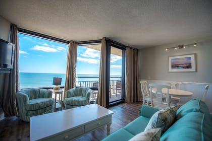 Featured Image | Shell Island Resort - All Oceanfront Suites