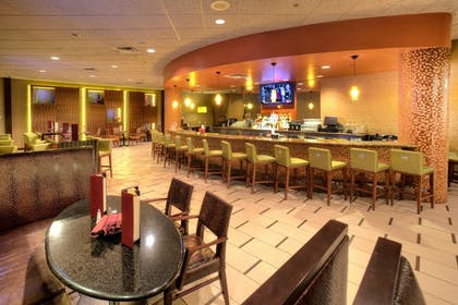 Dining | Florida Hotel & Conference Center in the Florida Mall, BW Premier Coll