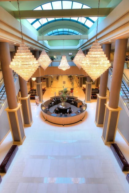 Lobby | Florida Hotel & Conference Center in the Florida Mall, BW Premier Coll