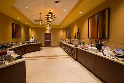 Restaurant | Florida Hotel & Conference Center in the Florida Mall, BW Premier Coll