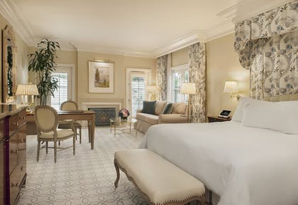 Guestroom | The Peninsula Beverly Hills