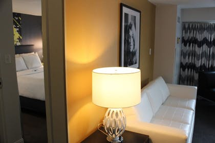 Guestroom |  | The Brookshire Suites Inner Harbor, BW Premier Collection