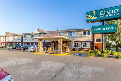 Hotel Front | Quality Inn & Suites