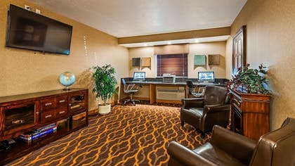 Business Center | Best Western Town & Country Inn