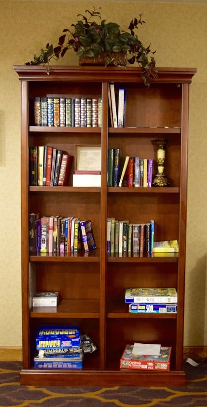 Library | Best Western Town & Country Inn