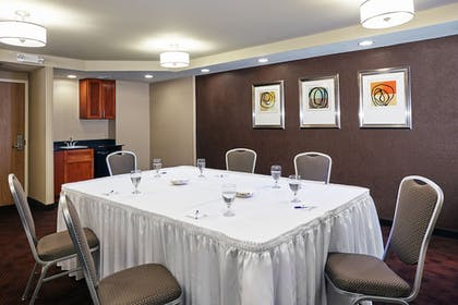 Meeting Facility | Holiday Inn Express Hampton - Coliseum Central
