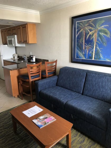 Living Area   Best Western Cocoa Beach Hotel & Suites