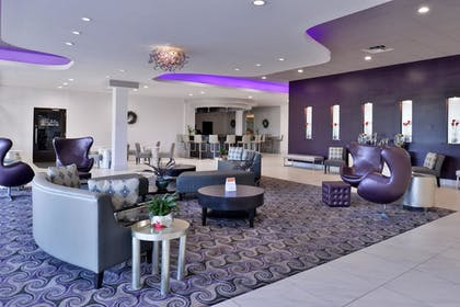 Lobby |  | Clarion Inn & Suites Across From Universal Orlando Resort