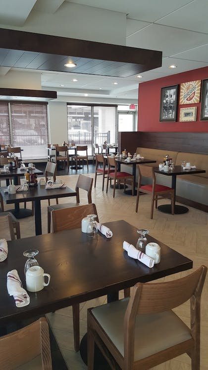 Breakfast Area   Holiday Inn Columbus Downtown Capitol Square