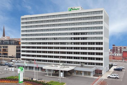 Featured Image   Holiday Inn Columbus Downtown Capitol Square