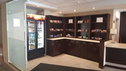 Gift Shop   Holiday Inn Columbus Downtown Capitol Square